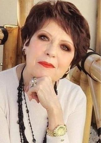 Nadine Costa